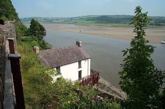 Dylan Thomas Boathouse by Garth Newton