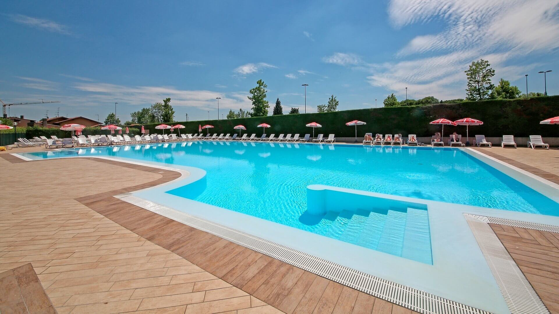 Ferienwohnung Gardasee Mit Pool Sirmione Apartments Complex And Camping In Sirmione On Lake Garda