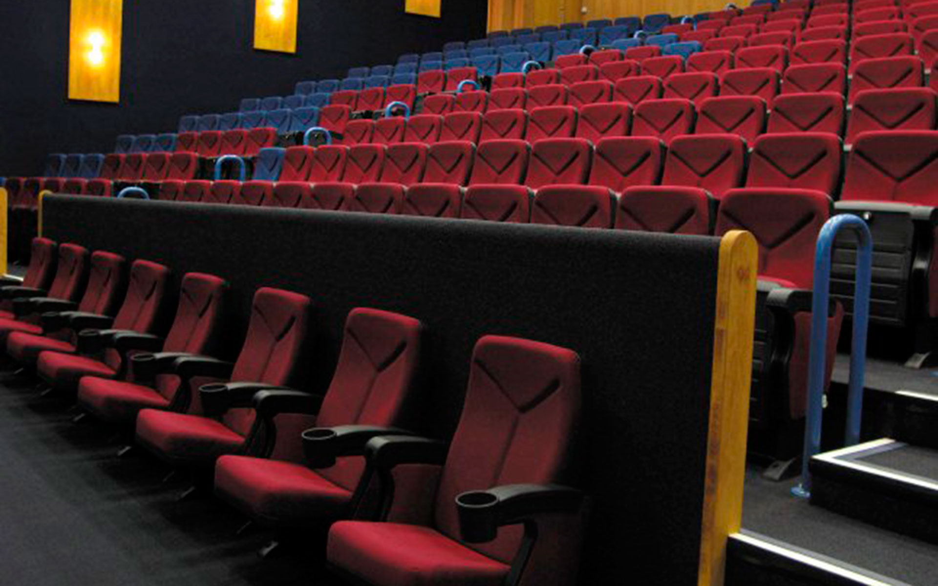 Dbox Sessel Projekte Sessel Für Theater Euro Seating