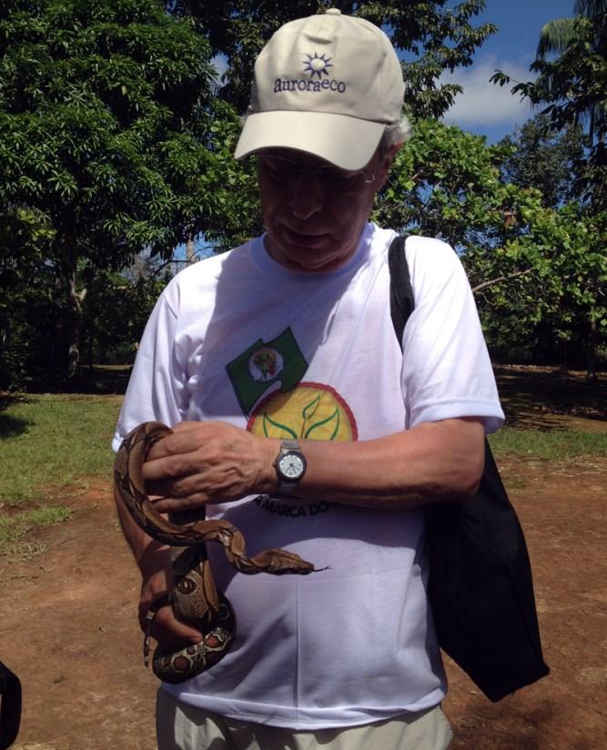 cruzeiro-amazonia-iberostar-eusouatoa-2-frei-betto-e-a-cobra