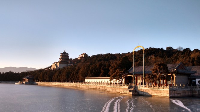 beijing-summer-palace-raissa-matos