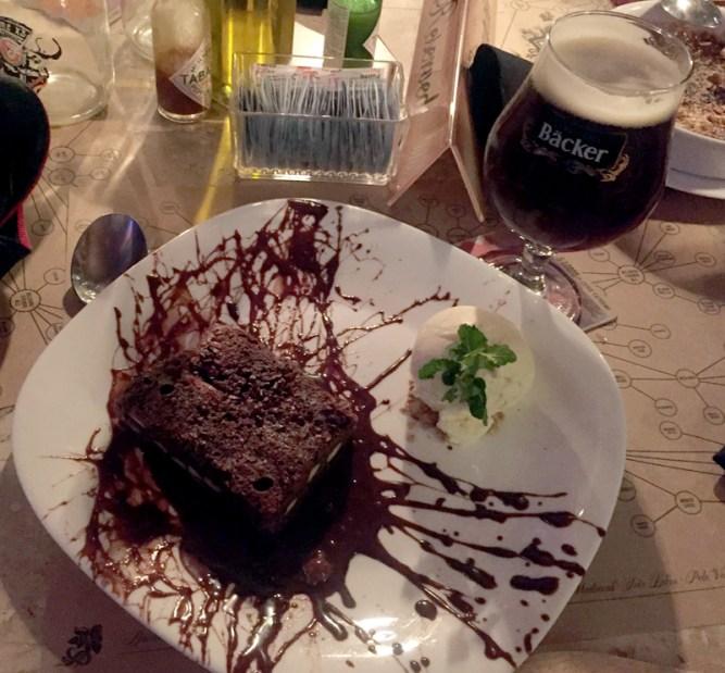 brownie-de-malte-torrado-cervejaria-artesanal-backer-eusouatoa