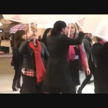 Eurodeputadas dançam pelo fim da violência contra as mulheres
