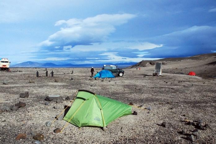 Askja - centrum wyspy i mój zgrabny namiocik