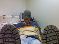 at-work-being-lazy-560939_500_375