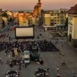 Piata-Ovidiu-Constanta-filme-in-aer-liber