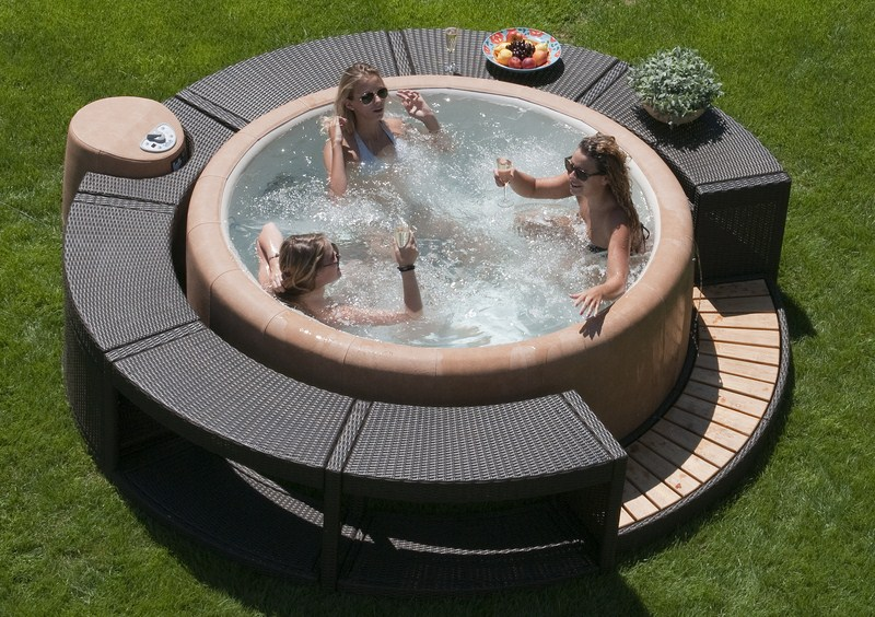 Jacuzzi Whirlpool Outdoor Whirlpools - Everding Herford