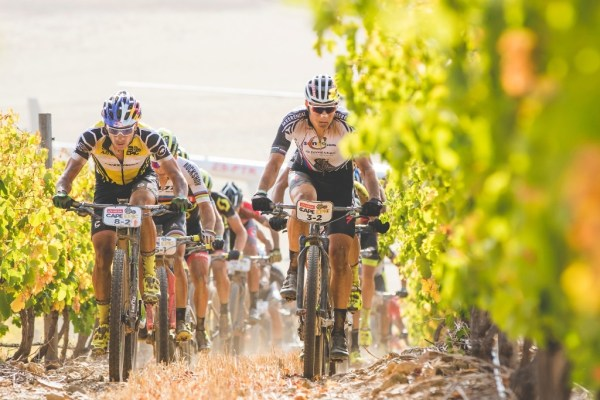 Jaroslav Kulhavý and Henrique Avancini (Cannondale Factory Racing XC) lead the UCI men's field through the vineyards of Gabriëlskloof during Stage 4 of the 2017 Absa Cape Epic. Photo by Ewald Sadie/Cape Epic/SPORTZPICS.