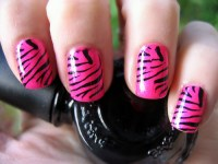 13 Terrific Tiger Striped Nail Designs