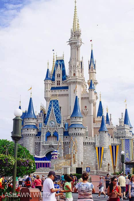 tips for Disney travel for moms