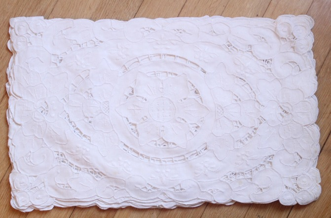 LacePlacemats-1