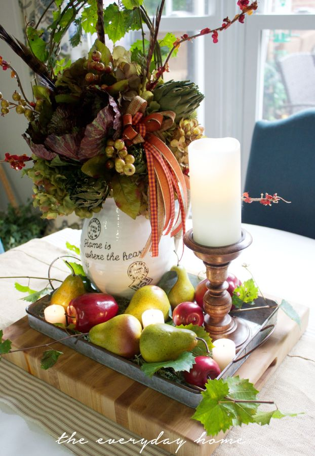 How to Layer Your Fall Decor | The Everyday Home | wwweverydayhomeblog.com