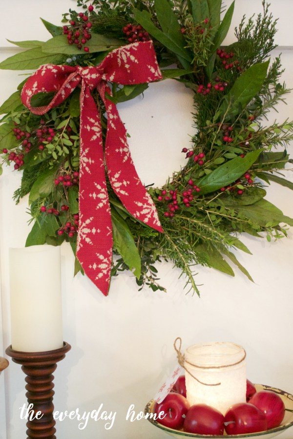 Making an Evergreen Wreath | The Everyday Home | www.everydayhomeblog.com
