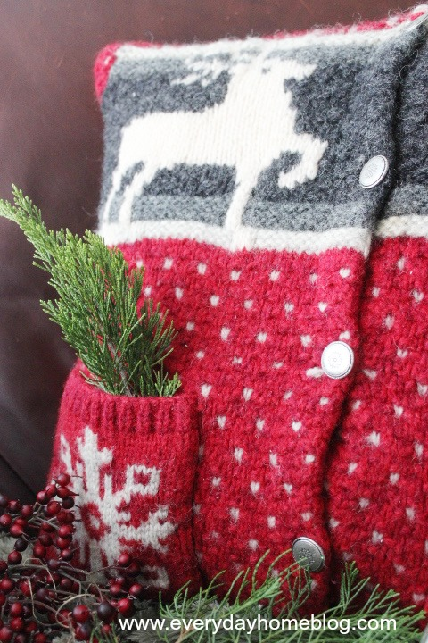 How to Make a Goodwill Sweater Christmas Pillow | The Everyday Home | www.everdayhomeblog.com