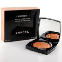 Wie von der Sonne geküsst: Der Lumière D'Été Puder von Chanel