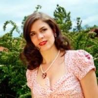Schmink-Tipps: Klassischer Make-up-Look für heiße Sommertage und -nächte