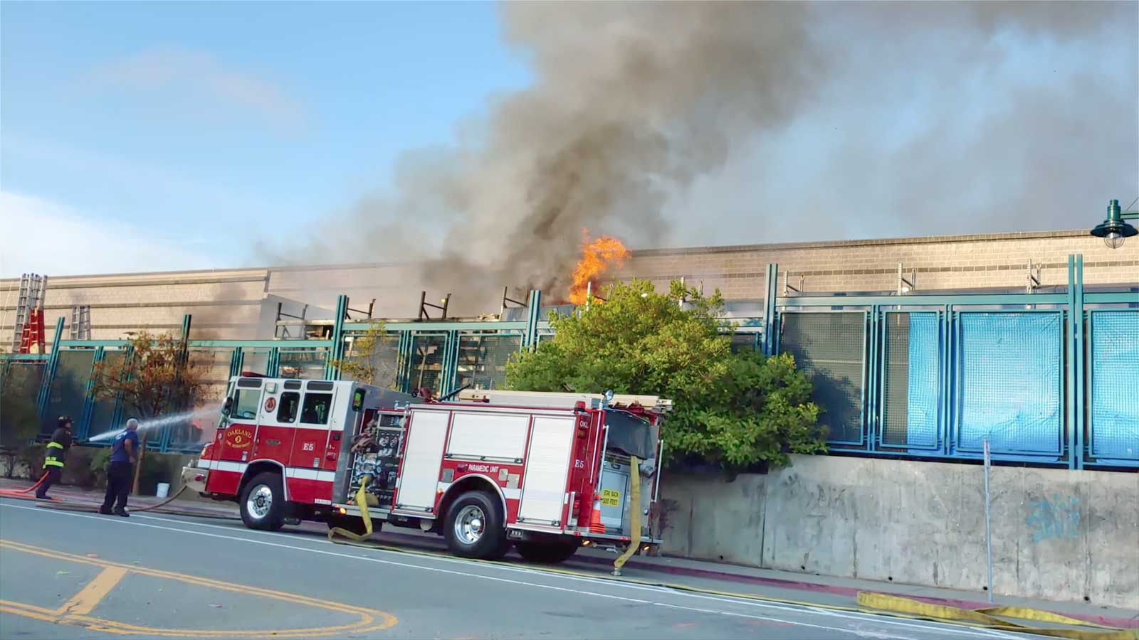 20' Ladder Home Depot Fire At Emeryville Home Depot Storage Area Causes 160 000