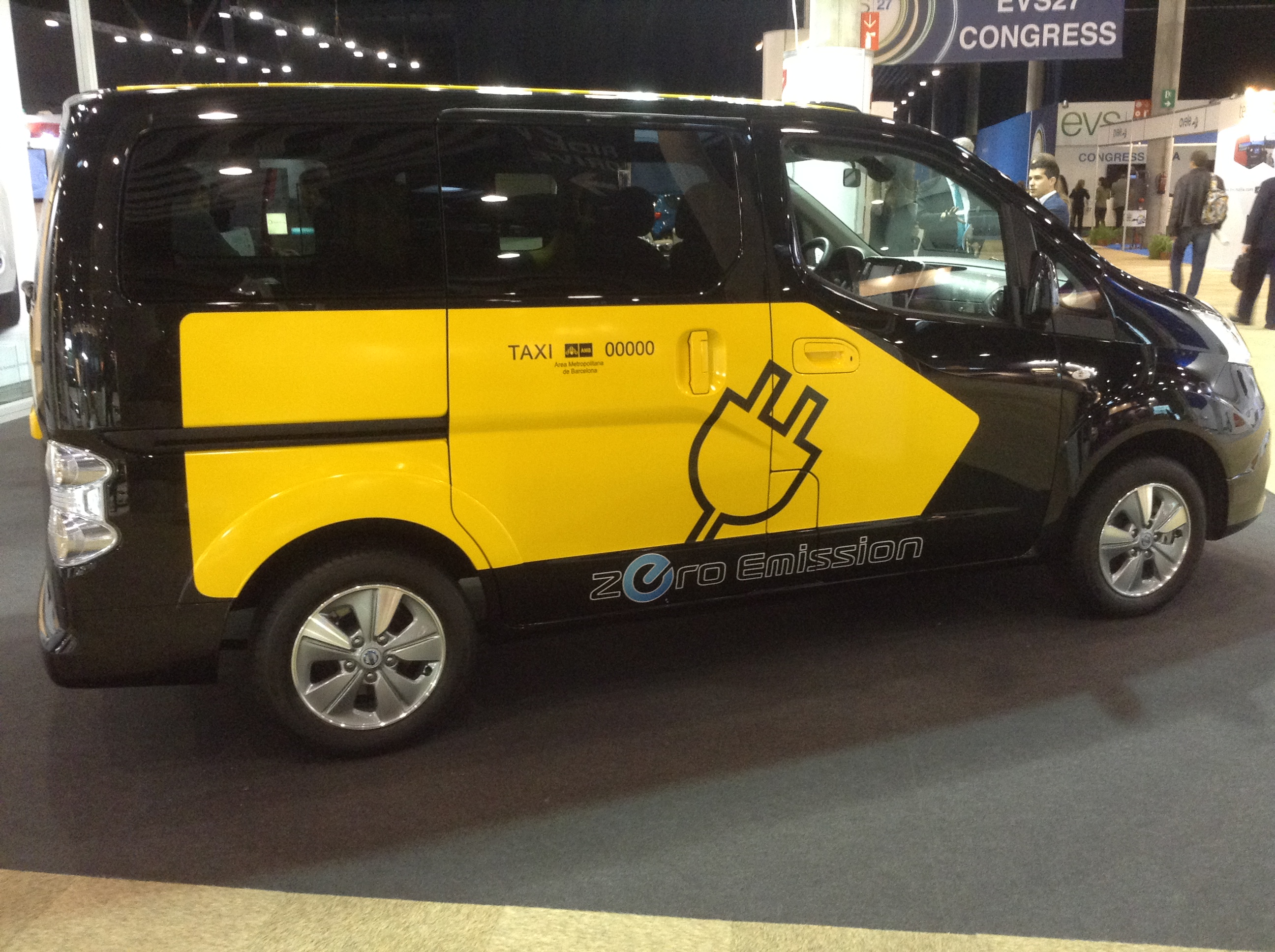 7 Seater Electric Car Nissan Launches 7 Seat Electric Van