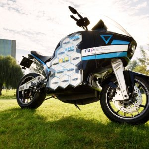 ELECTRIC-TOURING-BIKE