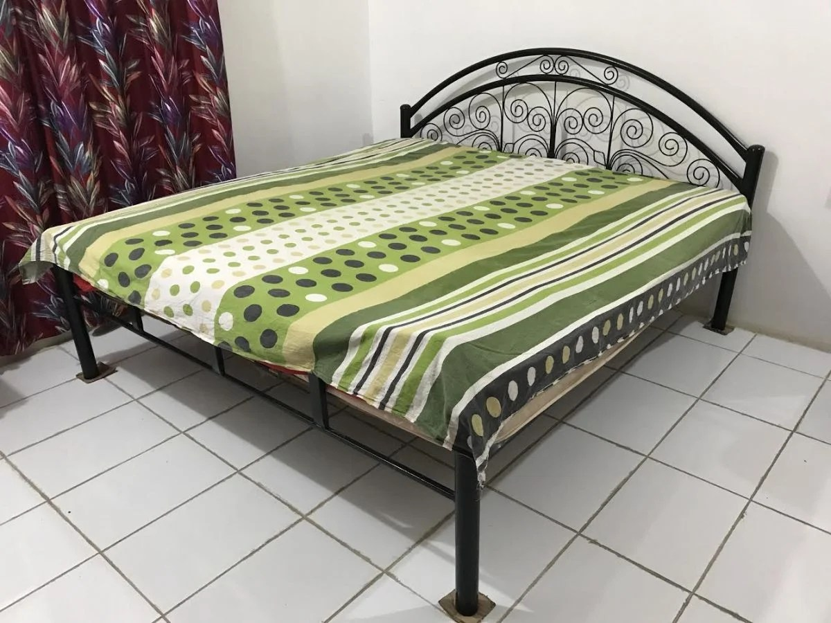 Cheap Price Furniture Bed With Dressing Table And Washing Machine For Sale Cheap Price