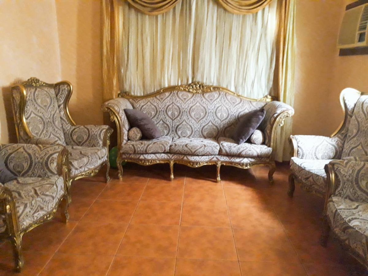 Sofa Set On Sale 7 Seater Sofa Set In Good Condition For Sale Furniture In Saudi