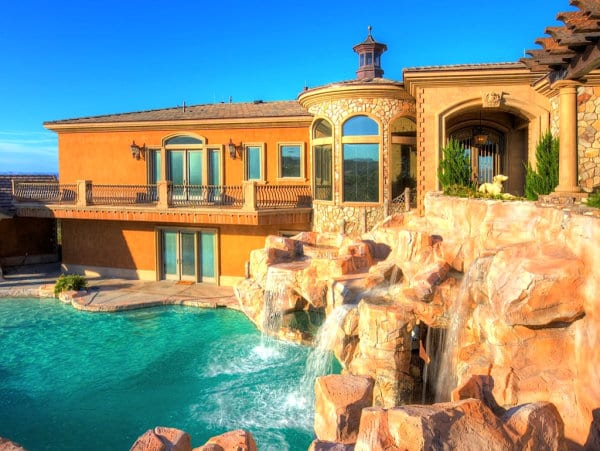 Luxury house in nevada features its own water park for Luxury home features