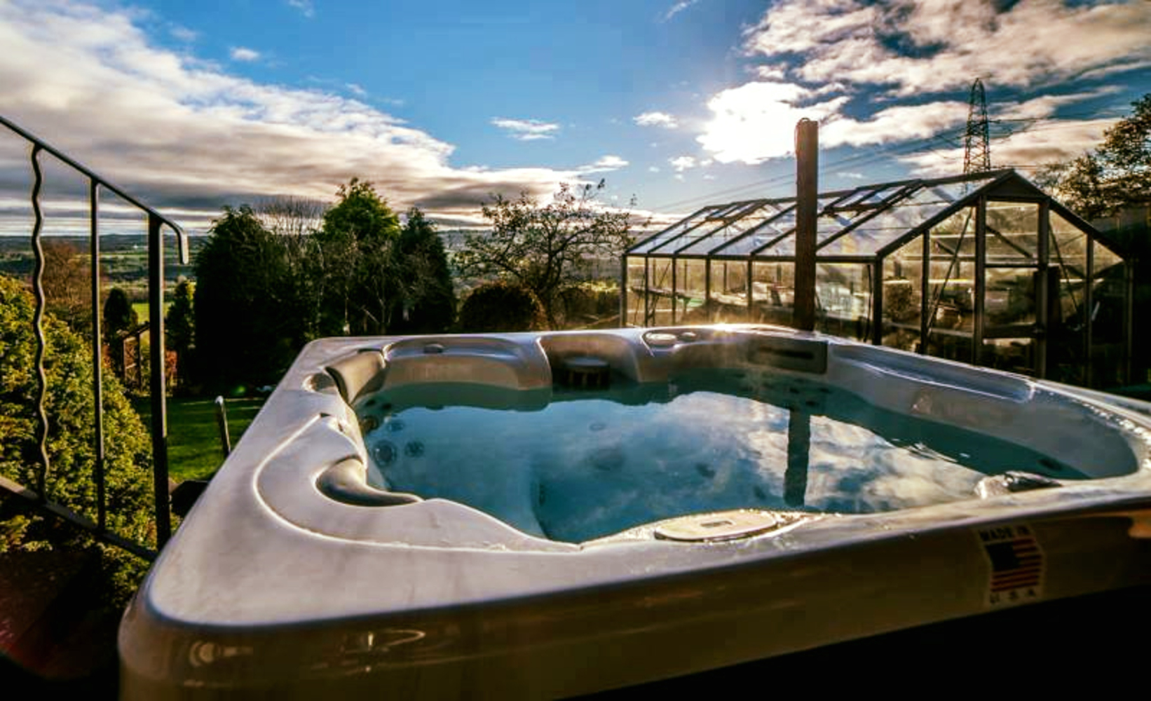 Jacuzzi Pool Installation Home Hot Tubs Swim Spas Swimming Pools And Hot Tub Servicing