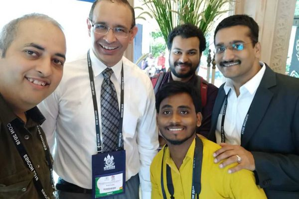 Sachin Gaur, Dr Sanjay Kalra, Mukesh Prajapati, Clarion Smith and Dr Saurabh Gupta from ExperimentsWithSugar team at ESICON 2018
