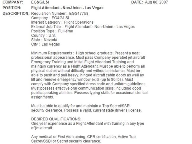 A los asistentes de un vuelo en 2007 les fue entregado esta publicidad laboral.