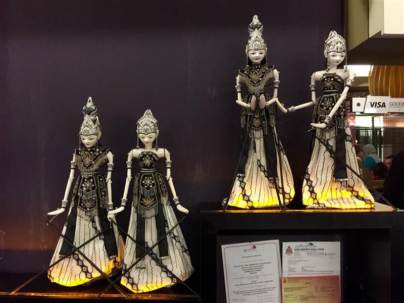 restoran-bumbu-desa-klcc-patung-hindu
