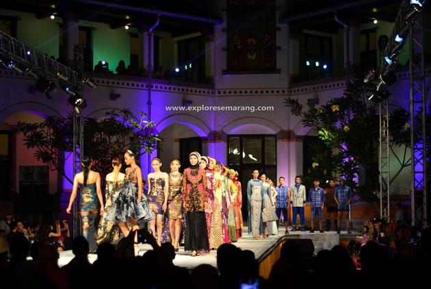 Pagelaran Fashion Show Lawang Sewu