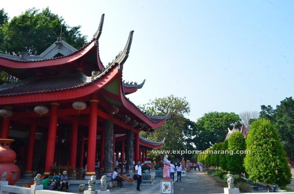 Explore Semarang Sam Poo Kong