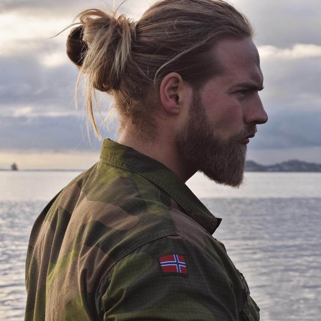Coiffure Homme Viking Found The Real Life Thor And He 39s In The Norwegian Navy