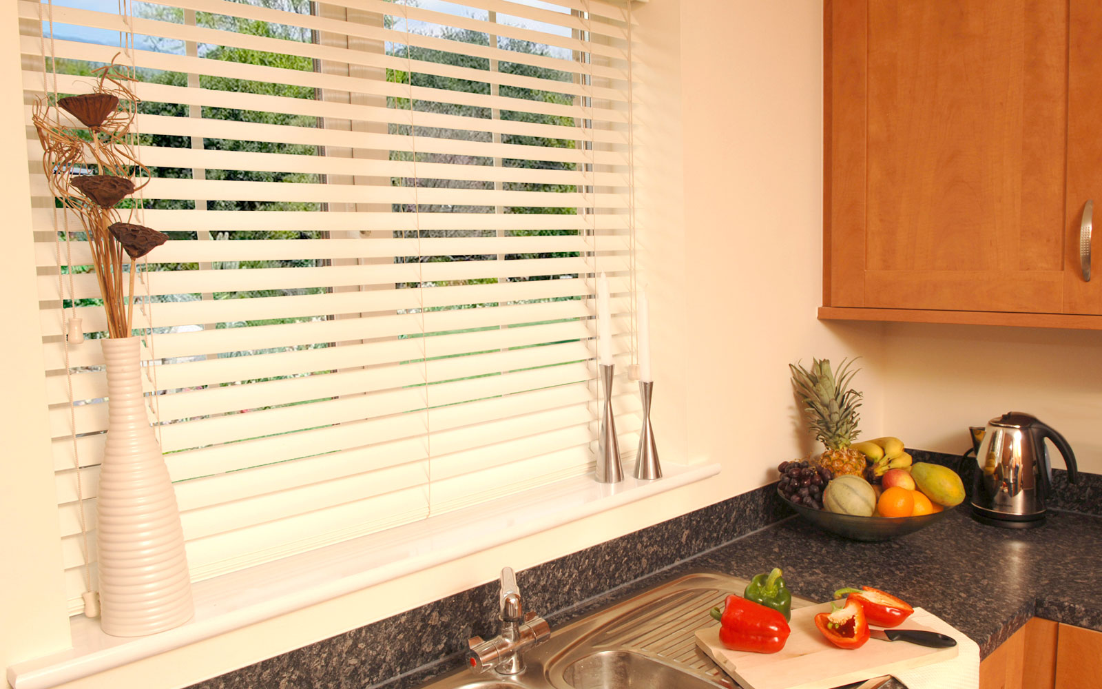 Window Coverings To Keep Heat Out 5 Blinds To Keep Heat Out In The Summer Expression Blinds