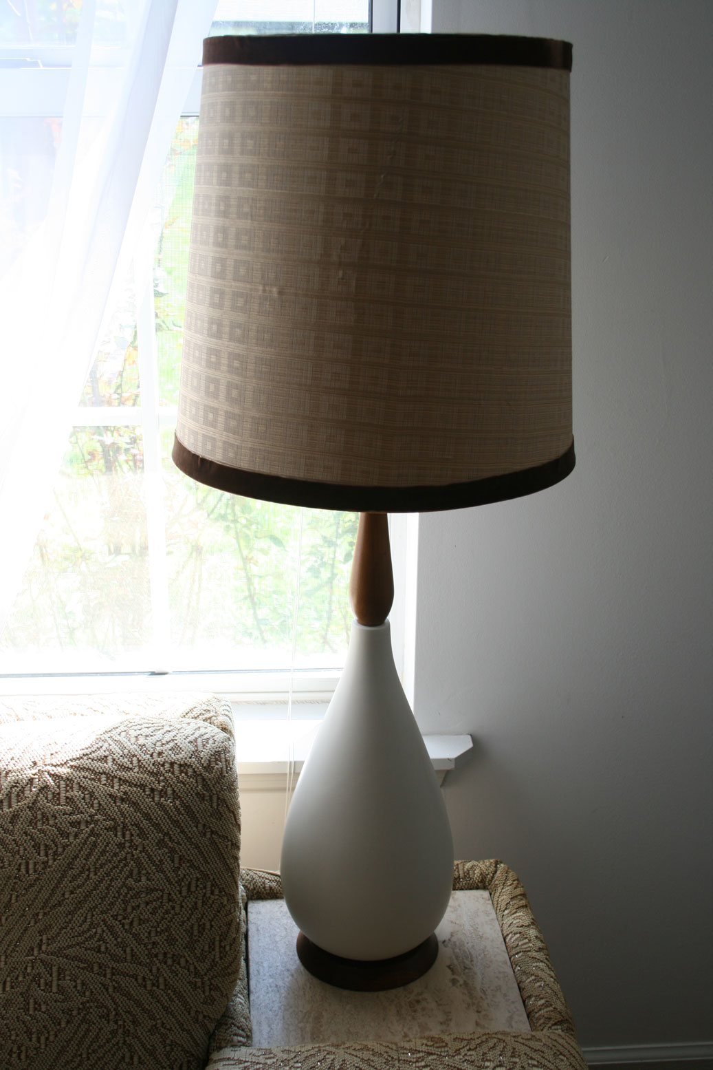 Diy Lampshade Cover Diy Tutorial Covering A Lamp Shade With Fabric Ex Scapes