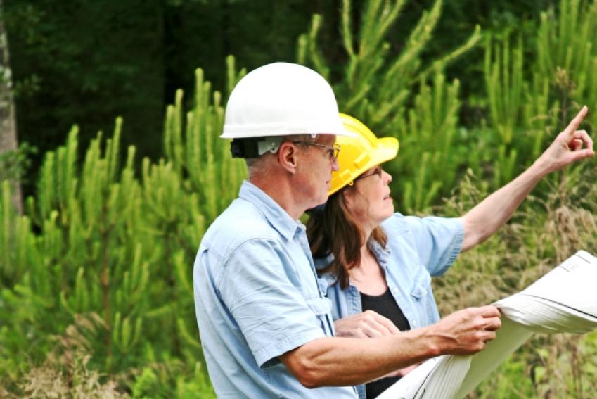Landscape-Architect-2jpg (849×567) Architects Pointing - environmental engineer job description