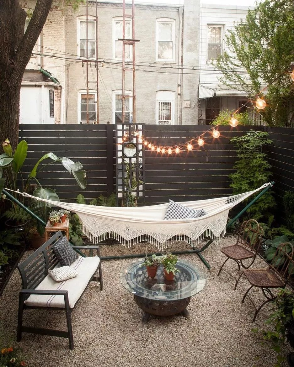 24 Cheap Backyard Makeover Ideas You Ll Love Extra Space Storage