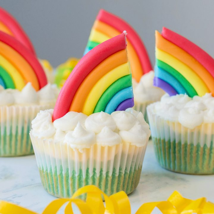 Rainbow Cupakes Recipe + Decorating Tutorial - Extreme Couponing Mom