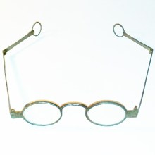 Revolutionary war spectacles