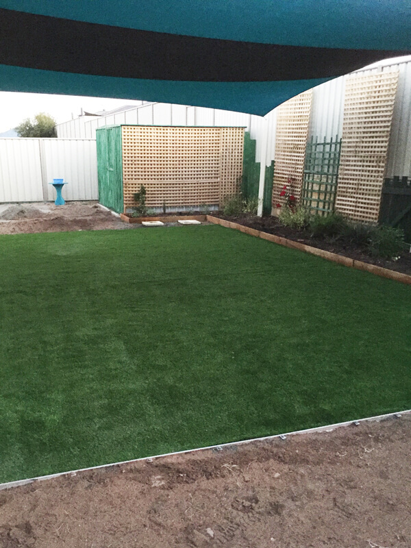 Ezi-Synthetic-Turf-backyard-lawn_Perth_0101
