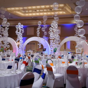 Bublinová dekorace stolů
