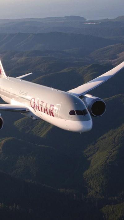 Qatar Airways - Boeing 787 Wallpaper for iPhone 5