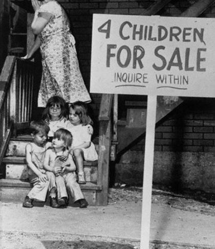 Mor selger barna sine Chicago 1948