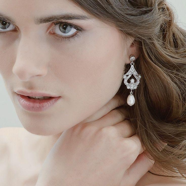 Pearl earrings celebrity