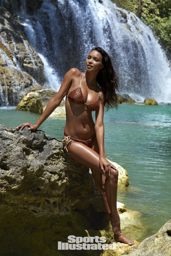 Iguazu Falls Brazil Wallpaper Lais Ribeiro Makes Her Debut Appearance In Sports