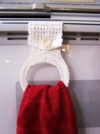 Crochet Your Own Kitchen Towel Holder | Fabric Follies Two