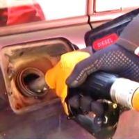 """Срамота колико нам """"добро"""" иде! У односу на Србију, гориво у БиХ јефтиније за око 40 динара по литру"""