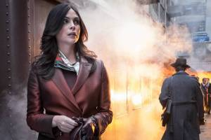 "GOTHAM: Morena Baccarin in the ""Mad City: Burn The Witch"" episode of GOTHAM airing airing Monday, Sept. 26 (8:00-9:01 PM ET/PT) on FOX. ©2016 Fox Broadcasting Co. Cr: Jeff Neumann/FOX."