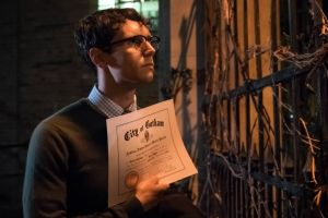 GOTHAM: Cory Michael Smith in theÒMad City: Look Into My EyesÓ episode of GOTHAM airing Monday, Oct. 3 (8:00-9:01 PM ET/PT) on FOX. ©2016 Fox Broadcasting Co. Cr: Jeff Neumann/FOX.
