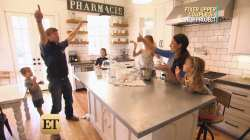 Simple Cooking Fixer Duo Chip Joanna Gaines Reveal Why Ir Kids Be Joanna Gaines Kids Clos